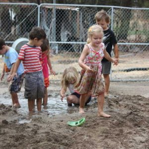 mud-and-sand-play10